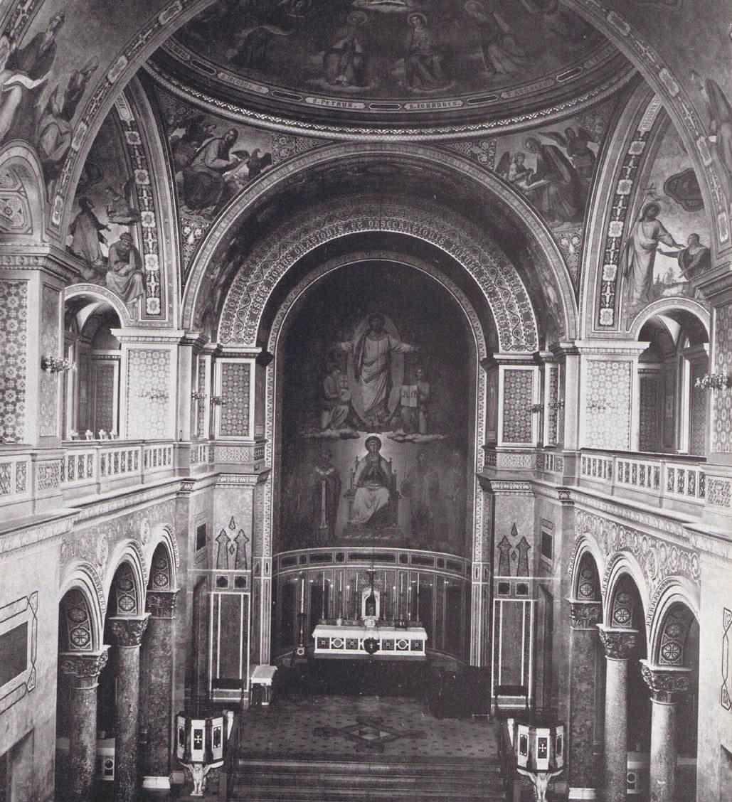Innenraum der Allerheiligen Hofkirche
