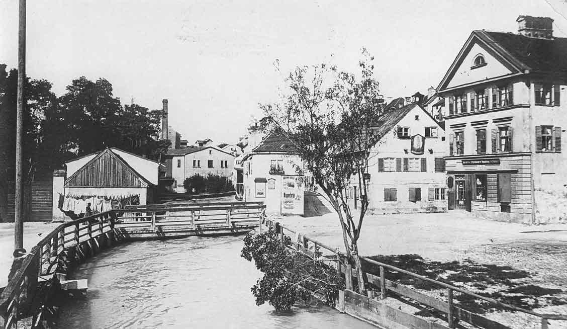 Auer   Mühlbach an der Quellenstraße