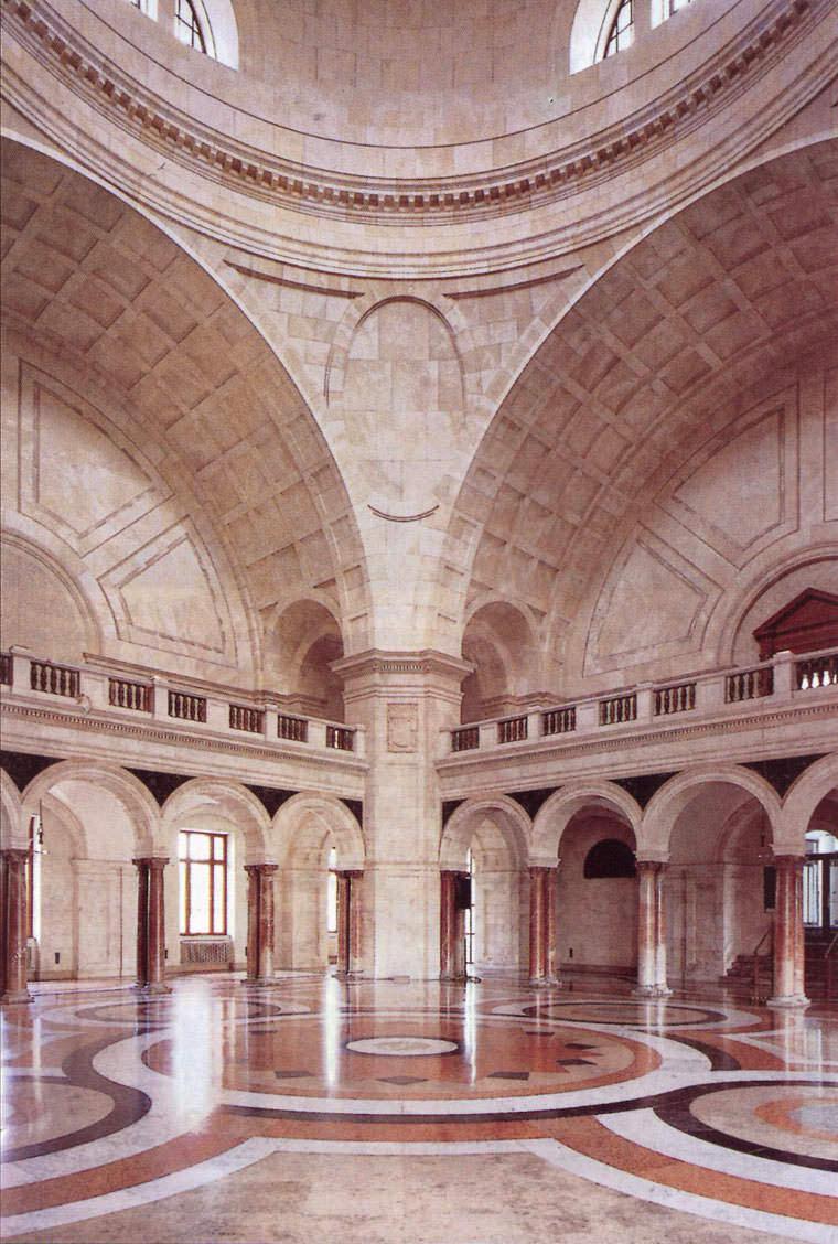Kuppelsaal des Armeemuseums