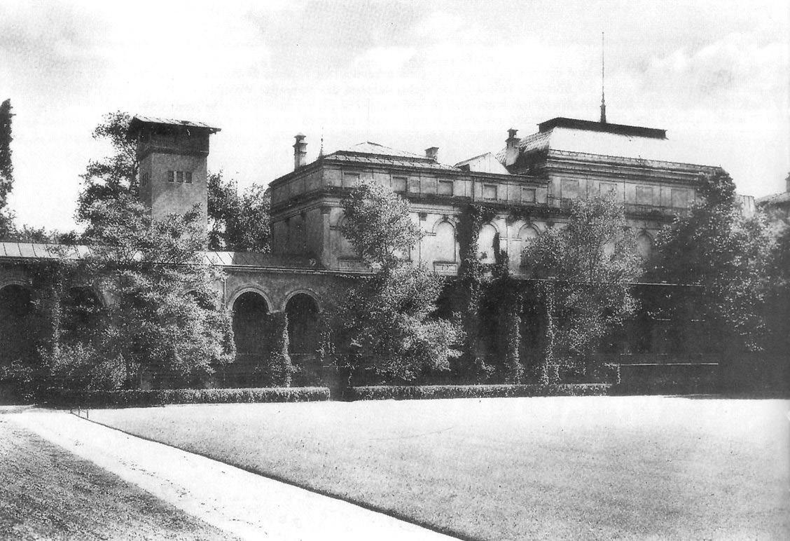 Das Kunstvereingebäude im Hofgarten